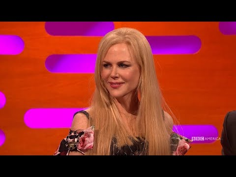 Nicole Kidman Defends That Alexander Skarsgård Emmy Kiss  The Graham Norton