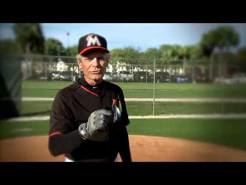 Coaches Corner: Bunting with Brett Butler