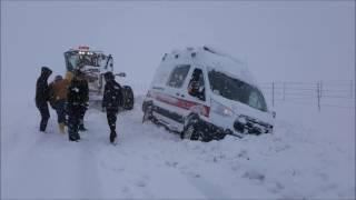 Dik Köyünde Mahsur Kalan Ambulans ve Hasta İdaremizin Yoğun Çalışmaları Neticesinde Kurtarıldı.