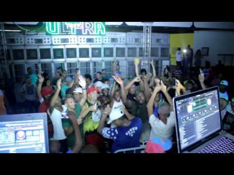 DJ Cabide na Pipo's Ultra baile da Antiga Clube Tamoio de São Gonçalo Rj