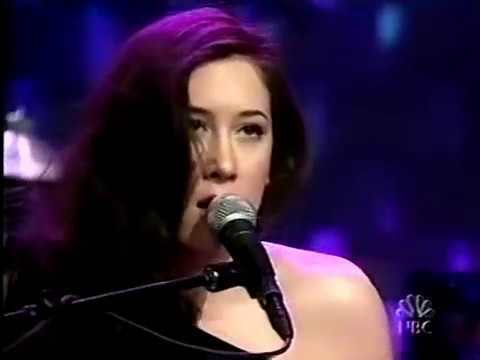 Vanessa Carlton - A Thousand Miles - 2002-03-05