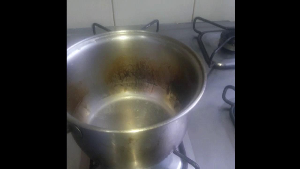 como limpar forno de fogao com bicarbonato e vinagre