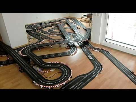 Carrera Digital 132, 111 meter track, Video 1