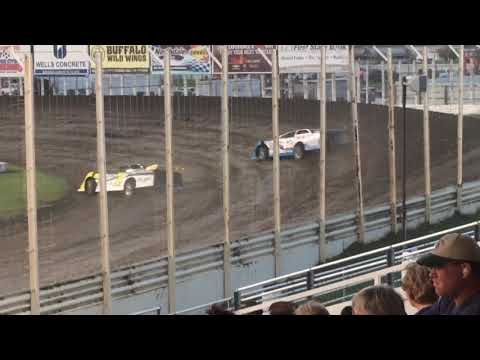 River Cities Speedway - Brad Seng & Joey Peterson Battle 5/25/18