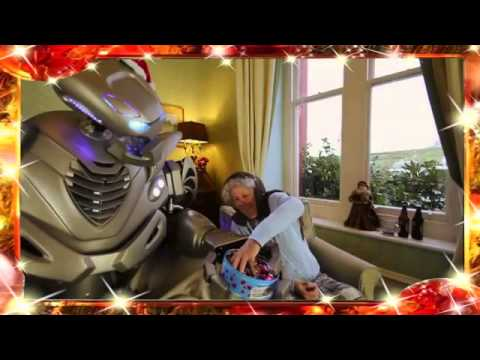 Titan the Robot's Christmas Song - www.circusperformers.com