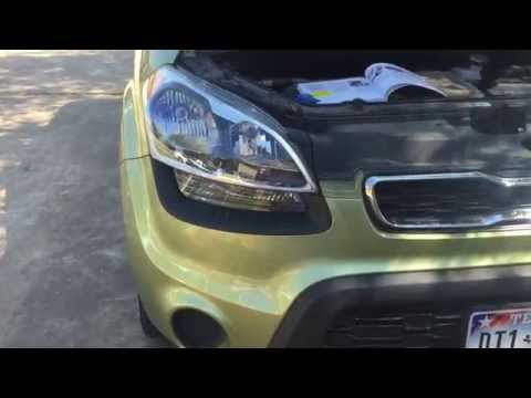 How to replace a headlight or blinker – Kia Soul 2012