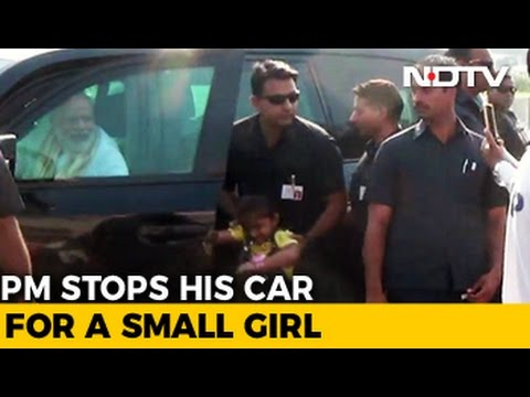 On His Way To Airport, PM Modi Stops His Car To Meet 4-Year-old