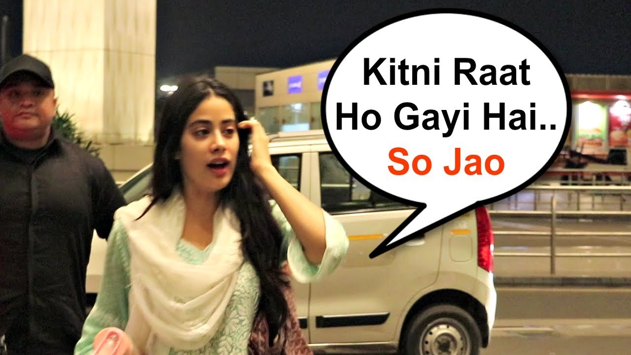 Jhanvi Kapoor Sweet Gestures Towards Media Waiting For Her Late Night At Airport