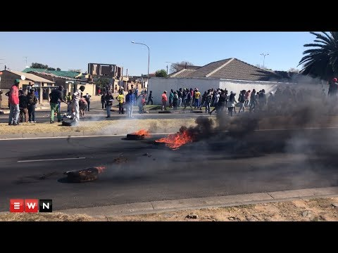 Housing protest re-ignite in diepkloof