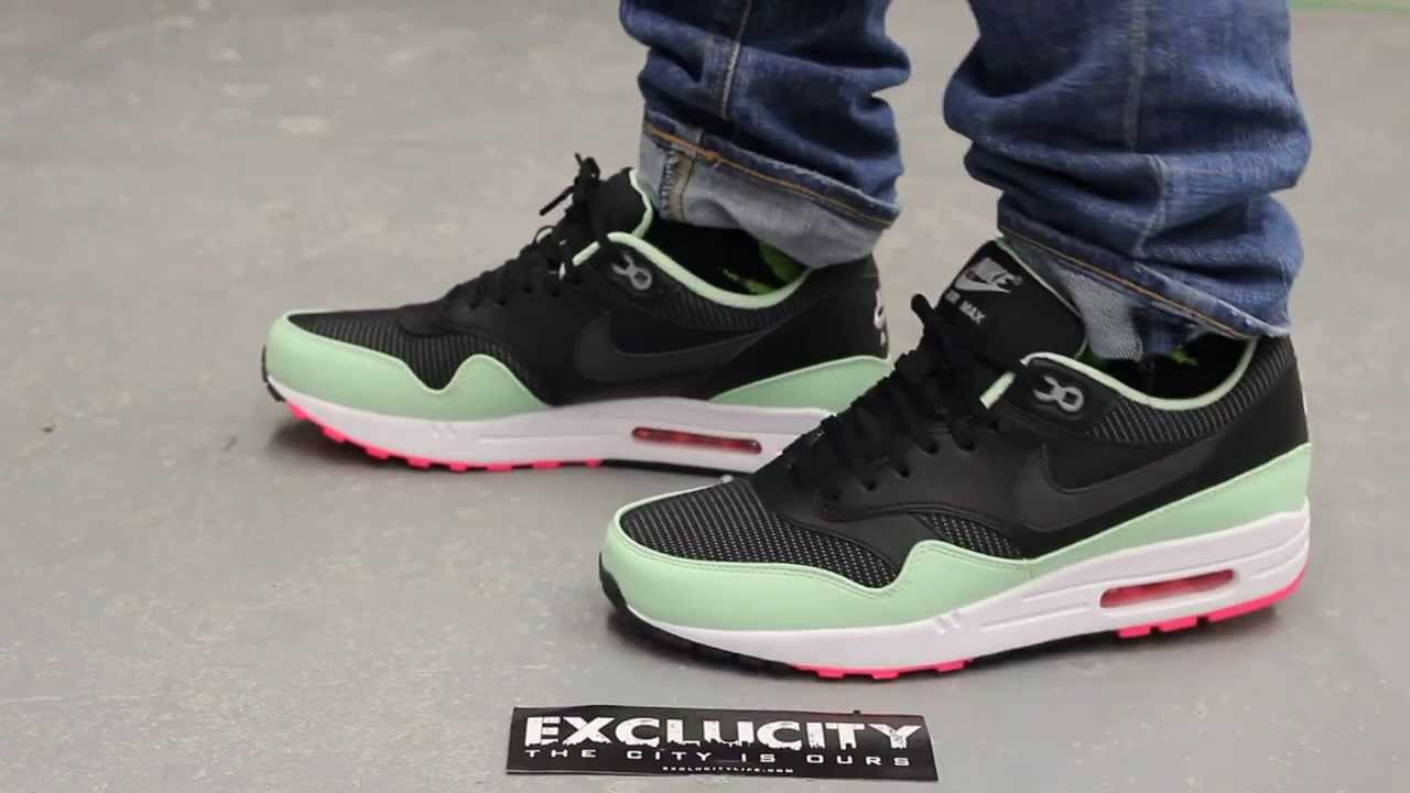 6a757aea22dd2 Nike Air Max 1 FB