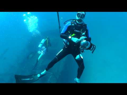 Puerto Galera Wreck Point Boatyard Coral Cove P3 Alma Jane Paul Ranky HD Video