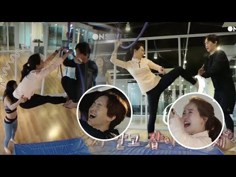 Song Ji Hyo and Her Brother's Funny Non-Stop Bickering While Doing Aerial Yoga