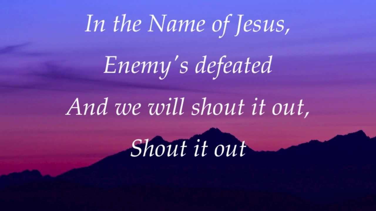 Darlene Zschech In Jesus Name With Lyrics Chords Chordify