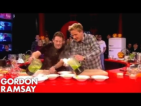 Johnny Vegas Burns His Face - Gordon Ramsay