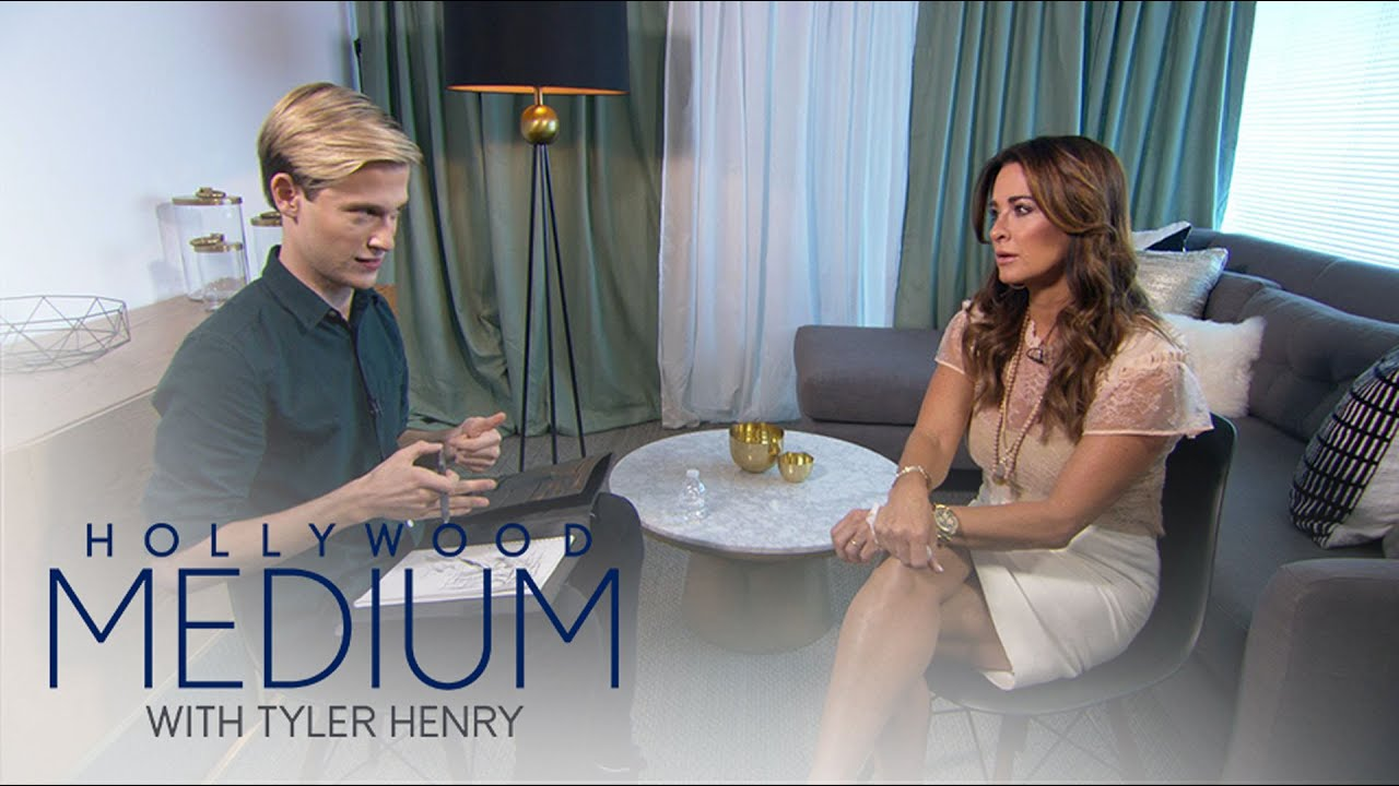 Download Kyle Richards Has Emotional Reading With Tyler Henry   Hollywood Medium with Tyler Henry   E!