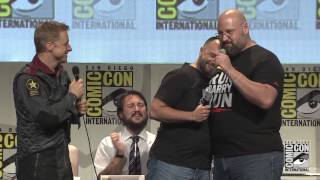 Comic-Con 2015: Hall H sings Stand By Me to Wil Wheaton with a surprise ending