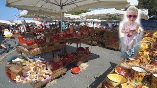 LAUT-EXOTISCH-BUNT I Markt in Montalivet I Frankreich