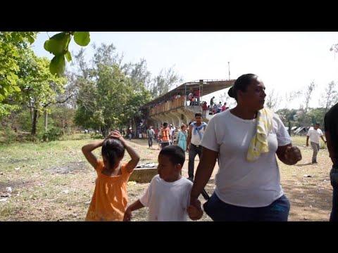 """""""Viacrucis migrante"""": la caravana que enfrenta a México y EEUU"""