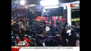 Power Metal - Timur Tragedi at RadioShow 30 Maret 2012.flv