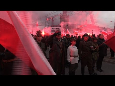 Thousands of nationalists march in Warsaw for Independence Day