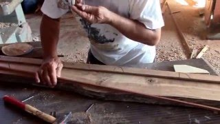 Shipwright in the Sardinian island of Sant'Antioco: His name is Salvatore Sitzia