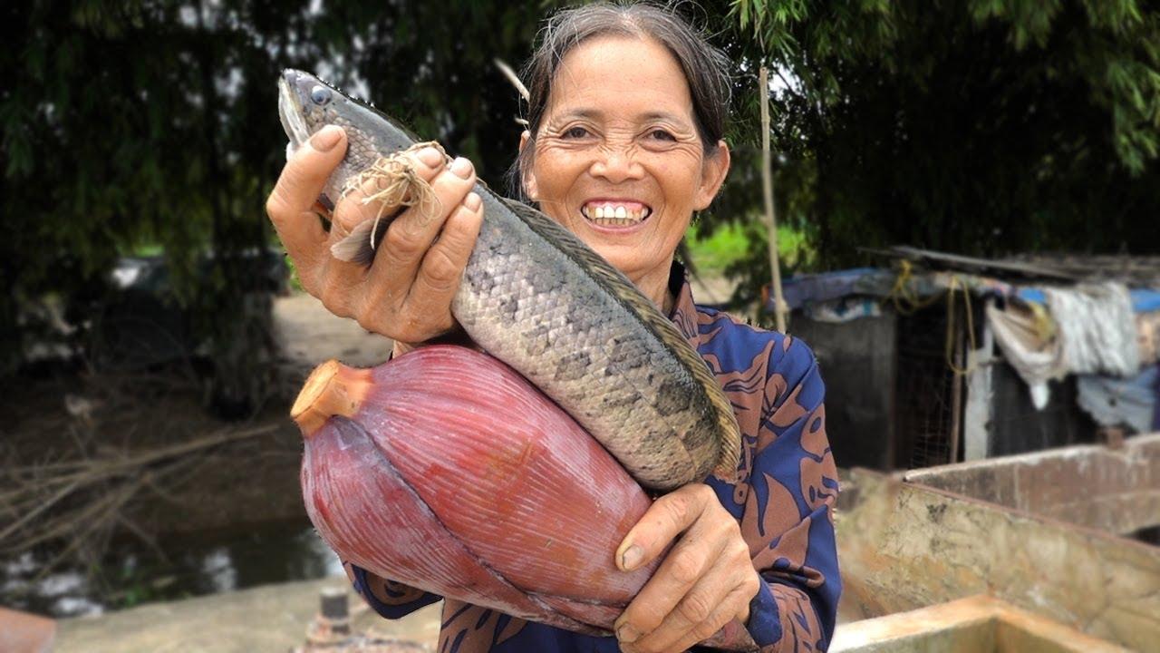NGON HẾT CỠ Với Món Canh Cá Nấu Hoa Chuối Của Bà   Fish Soup Cooked With Banana Flowers