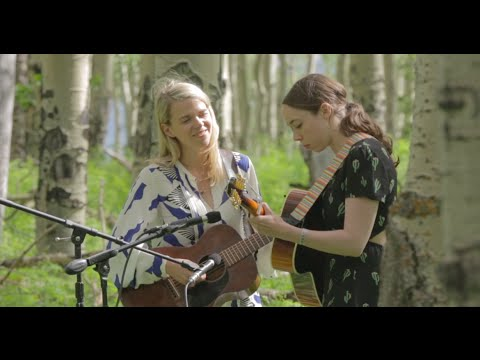 "Sarah Jarosz & Aoife O'Donovan - ""Some Tyrant"" // The Bluegrass Situation"