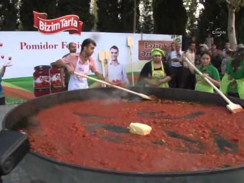Azerbaycan'da bin kişilik menemen pişirildi