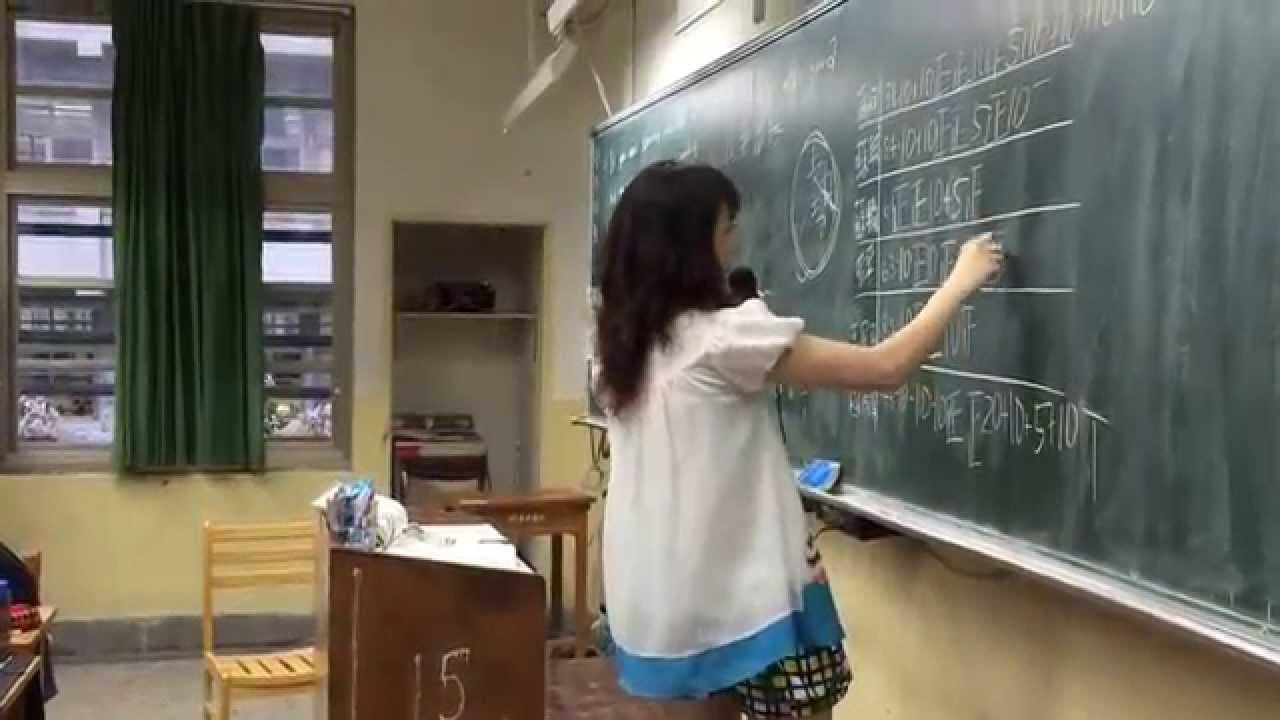 萬芳高中余懷瑾老師 - 一堂很不一樣的國文課 - YouTube