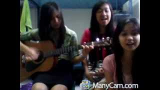 Video Senyuman - Gaby gledis ria (Gitar) 3/11/2012 download MP3, 3GP, MP4, WEBM, AVI, FLV Juli 2018