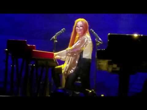 Tori Amos- Honey- 11/16/17- Irving, TX- Toyota Music Factory