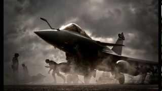 Indian Army kadam kadam badaye ja