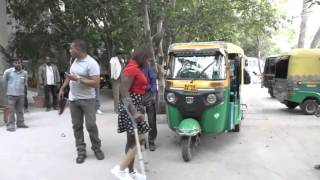 Repeat youtube video Florencia walks in India with Jaipurfoot