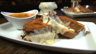 Chicago's Best Grilled Cheese: Lady Gregory's Irish Bar & Restaurant