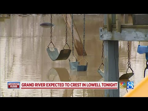 Grand River expected to crest in Lowell tonight