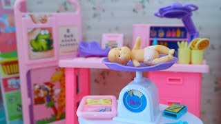 รีวิวของเล่นบาร์บี้ || เซทคลีนิคดูแลเด็ก มีเบบี้มาให้ด้วย || Barbie Baby Care Center ❤Yada ♥
