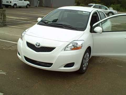 roberts toyota 2010 toyota yaris sedan youtube. Black Bedroom Furniture Sets. Home Design Ideas