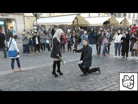 WILL YOU MARRY ME? / VALENTÝN PRANK (JM CREW)
