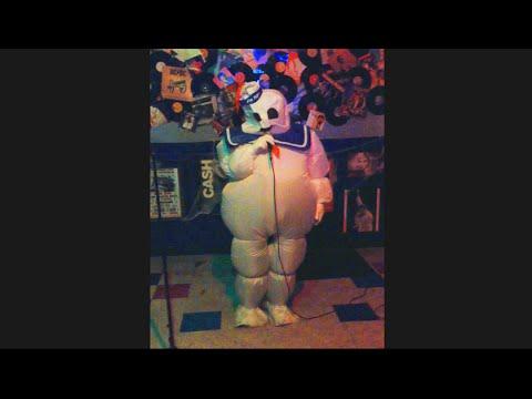 GHOSTBUSTERS | Stay Puff Marshmallow Man Sings Karaoke
