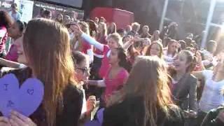 Flashmob Justin Bieber Ahoy Rotterdam 27 maart by HITKRANT