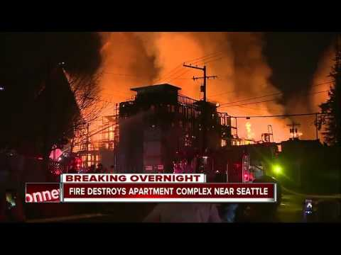 Fire destroys apartment complex near Seattle, 2 firefighters injured