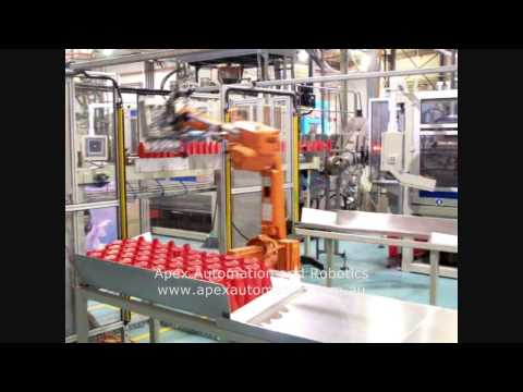 APEX Automation and Robotics - Robot packing plastic bottles