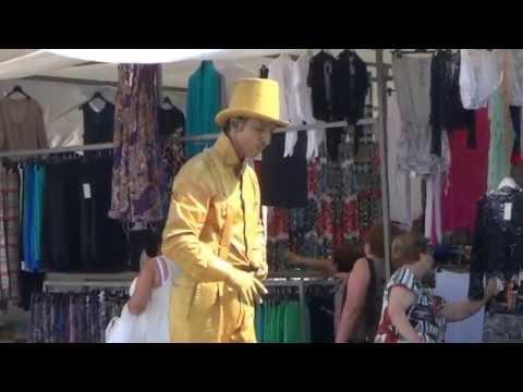 Живые статуи и фигуры в Испании на туристическом рынке