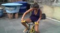 Aprenda a andar de bicicleta com Flávia Machado !