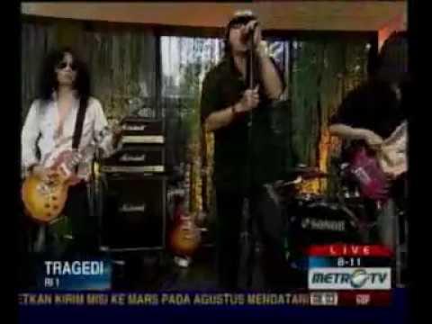 Tragedi by RI 1 (Roy Ivan Satu) - Metro Tv 811 Show.flv