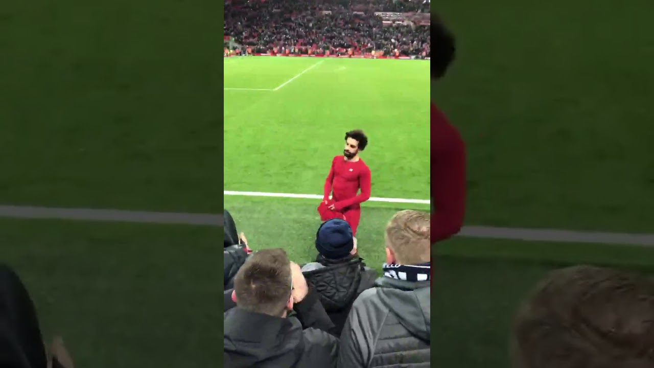 san francisco fee4f 5b5bb Mo Salah gives his T-shirt to a kid who held his name the whole game