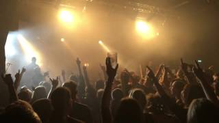 Donots - What Ever Happend To The 80's / Hero / Big Mouth ... (Medley) (Live) (17.11.15, Leipzig)