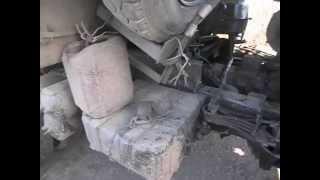 Как снять аккумуляторы на автомобиле Камаз