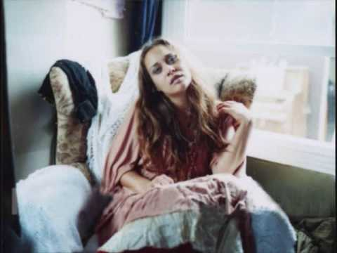 Fiona Apple - I Walk A Little Faster