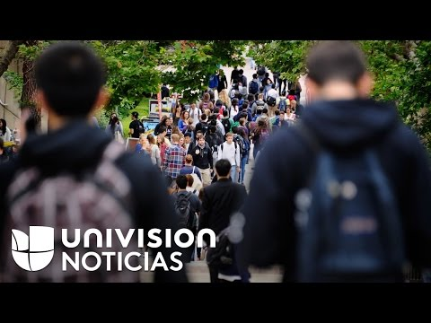 Propuesta de ley en California busca ayudar a estudiantes con deudas estudiantiles. ¿Cómo funcionarí de YouTube · Duración:  1 minutos 55 segundos